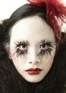 Circus peg makeup by Ky Malupa